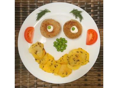 Идея детского блюда с рыбными котлетами
